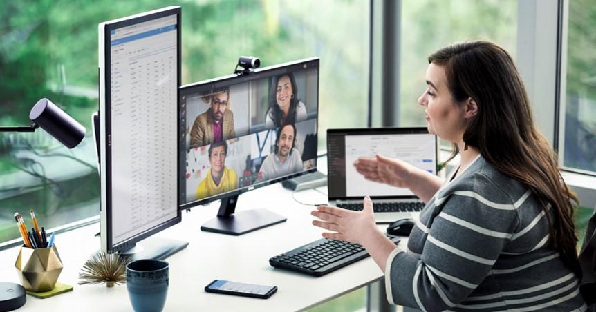 Female using Microsoft Business Voice